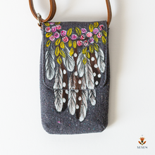 Load image into Gallery viewer, Dream Catcher Print On Grey Canvas Phone Crossbody Bag