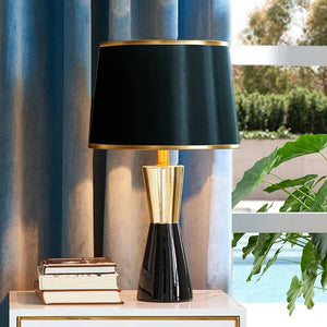 The Black and Gold Plateau  Decorative Table Lamp