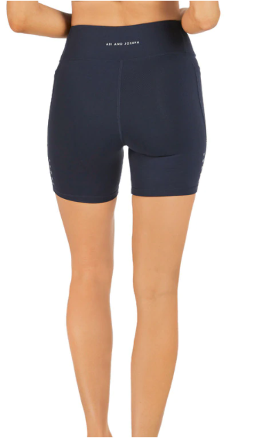Endurance Dual Pocket Mid-Thigh Tight - Deep Navy