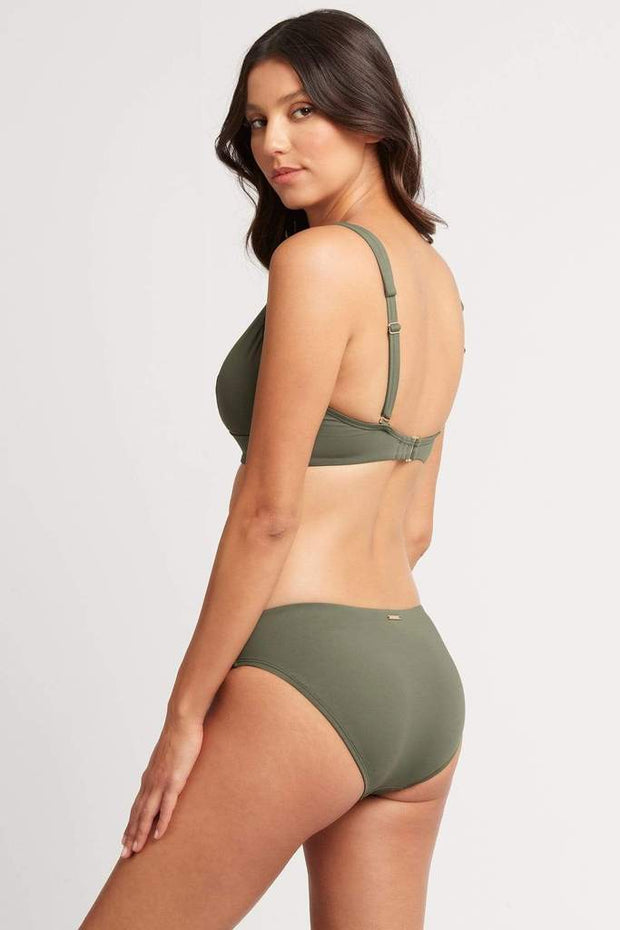 Bella Regular Bikini Pant