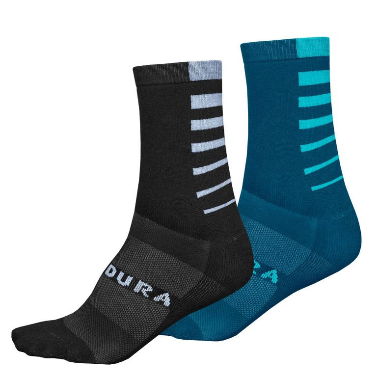Endura's CoolMax fabric is scientifically designed to wick perspiration and moisture away from your feet as efficiently as possible. By combining CoolMax with a stretchy lycra, these women's cycling socks hug the contours of your feet perfectly, with the added benefit of an extra lycra support zone under the arches for maximum comfort.