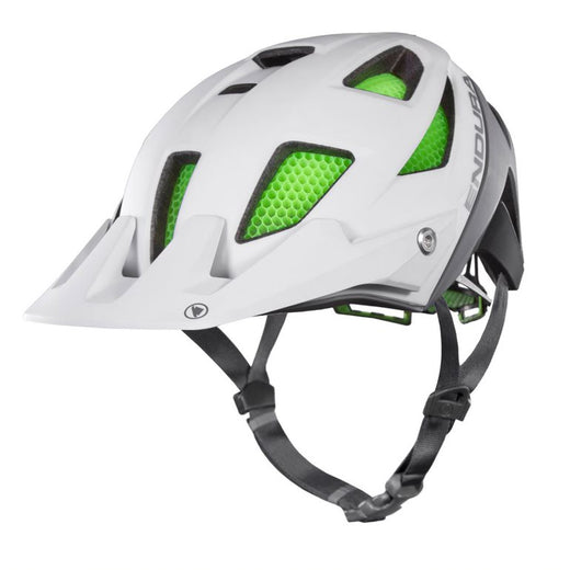 The Endura MT500 is a high performance montain bike helmet fit with Koroyd® protection that earned an the design and innovatoin award in 2018.