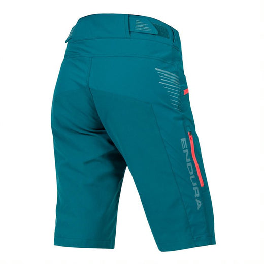 The Endura Singletrack Baggy Shorts are equally ideal for trail riders, commuters and casual or touring cyclists. They look fabulous for any activity, with their subtly contrasting details, and the durable DWR-finish fabric makes them durable and effectively water repellent.