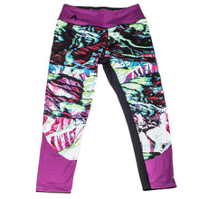 Load image into Gallery viewer, Primal Alpine Camo Crop Leggings