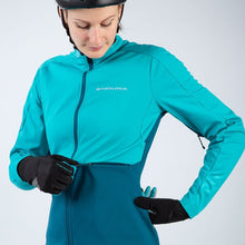 Load image into Gallery viewer, Endura Windchill Jacket II - Pacific Blue