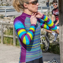 Load image into Gallery viewer, Primal Kismet Arm Warmers