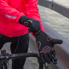 Load image into Gallery viewer, Endura Windchill Glove - Black