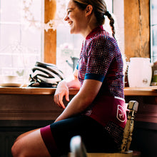 Load image into Gallery viewer, Rivelo Womens Tideswell Bibshorts - Black/Magenta