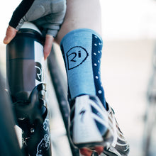 Load image into Gallery viewer, Rivelo Whitwell Socks - Navy/Blue
