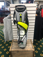 Callaway- Fairway C Stand Bag: White/White/Bolt