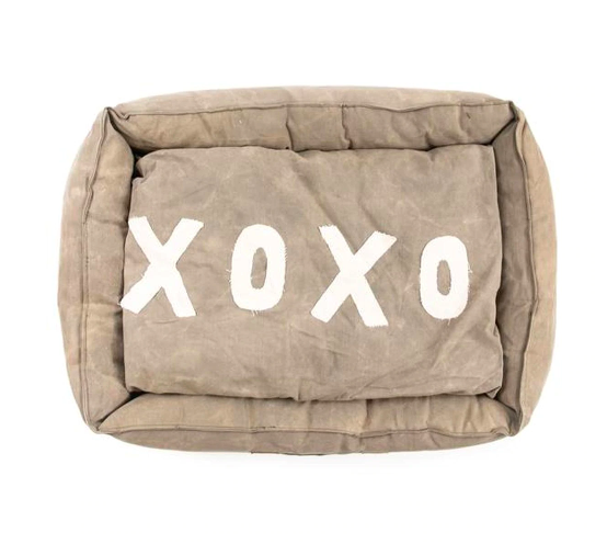 "XOXO Canvas Pet Bed - 33"" x 25"""