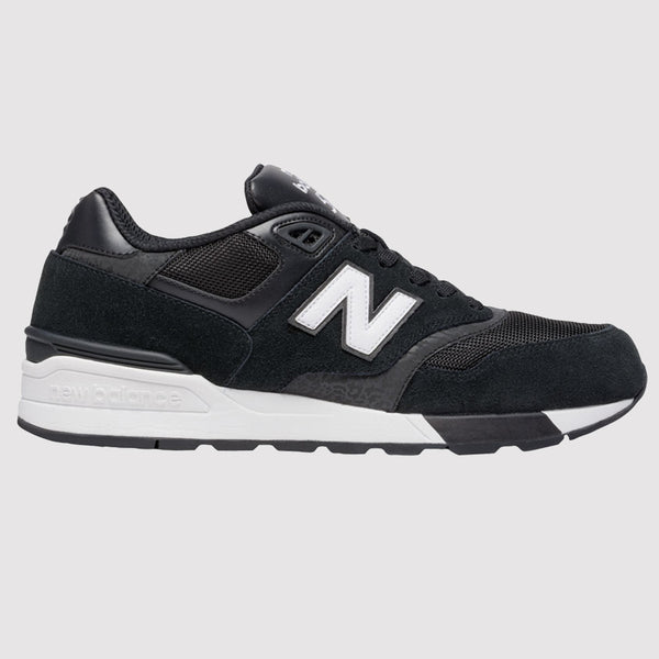 New Balance 597 Trainers - Black - Side