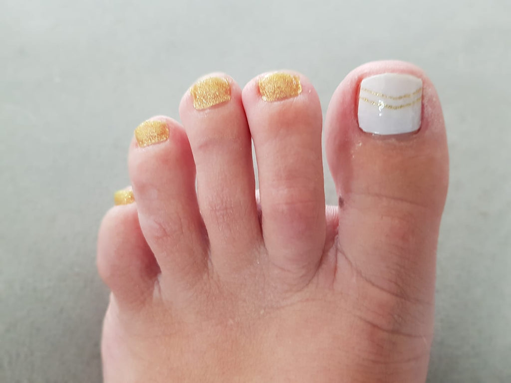 Fun Toe Golden Days