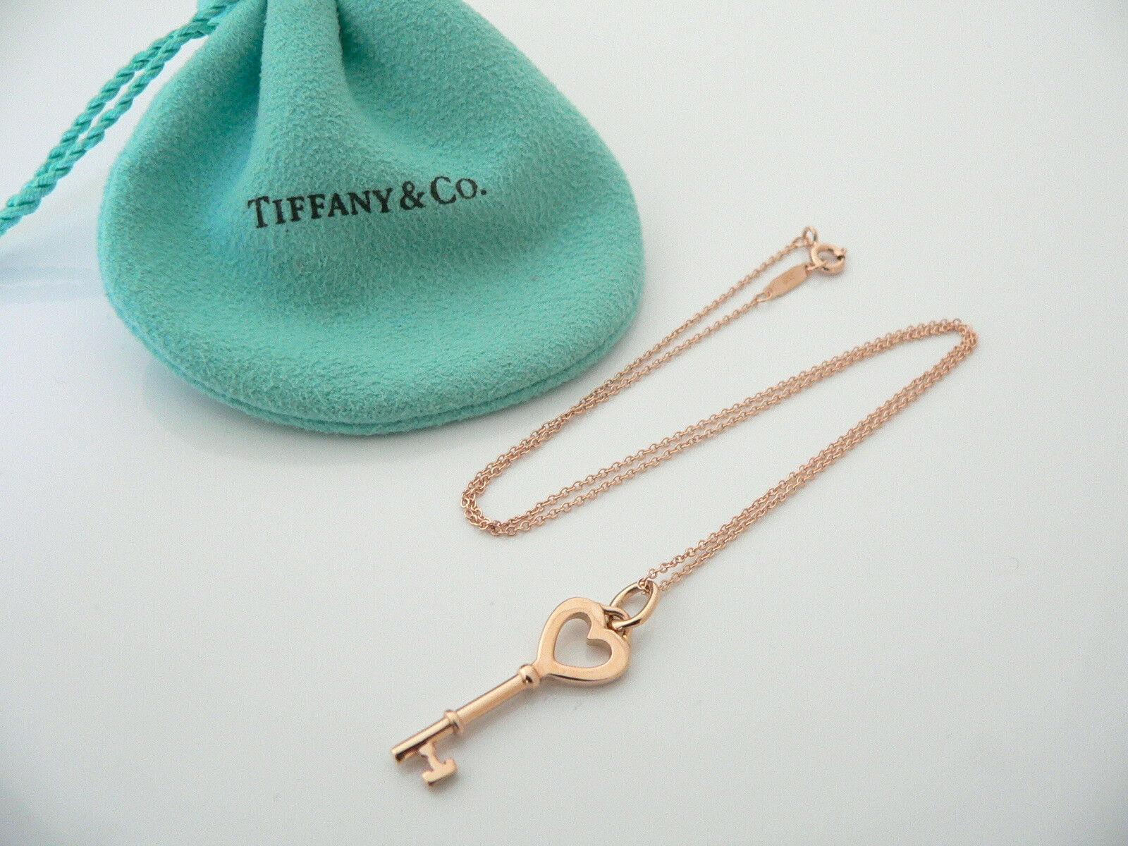 Tiffany & Co 18K Rose Gold Heart Key Necklace Pendant Chain Gift Pouch Love