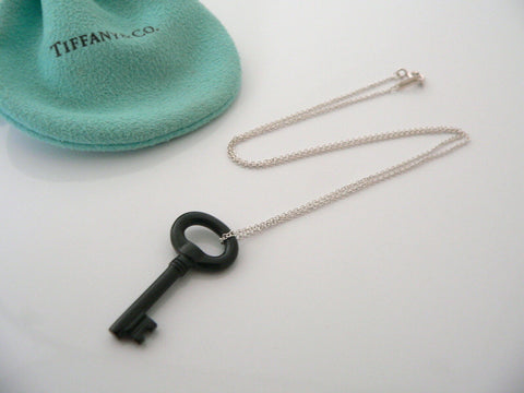 Tiffany & Co Silver Black Jade Gemstone Oval Key Necklace Pendant Chain Gift