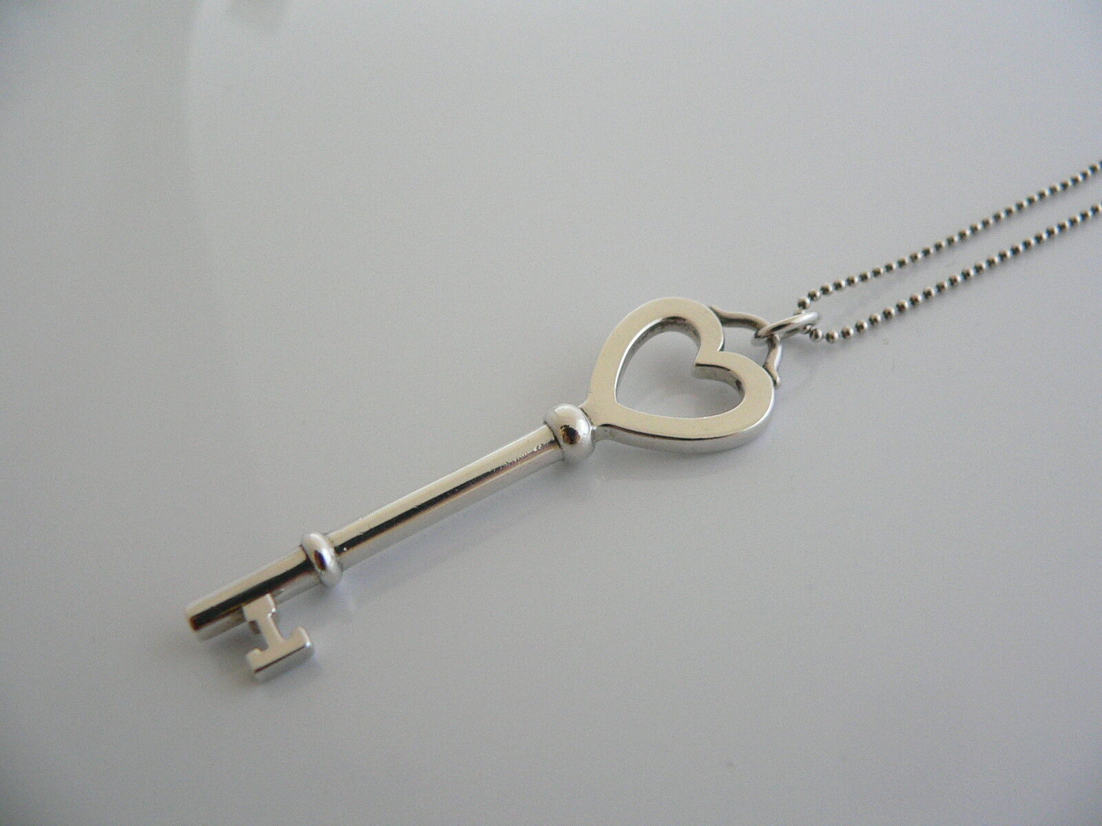 Tiffany Co Silver Large Heart Key Necklace Pendant Charm Bead Chain Gift Love