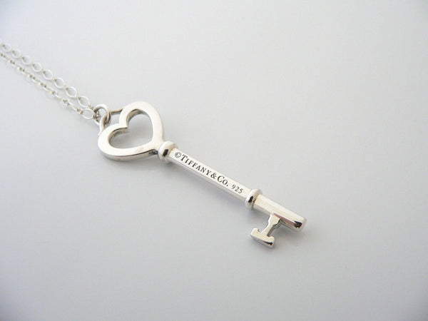 Tiffany Co Silver Large Heart Key Necklace Pendant 18 Inch Chain Gift Love