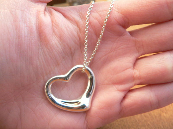 Tiffany & Co Silver Peretti Medium Open Heart Necklace Pendant Chain Love Gift