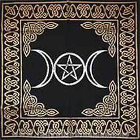 Altar Tarot Cloth: Triple Moon Comes With Free A Crystal