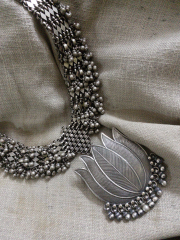 Silver Mathapati Neckpiece With Lotus Pendant