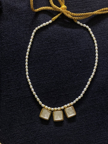 Square Kundan With Pearl