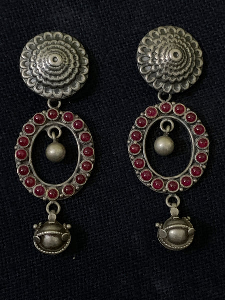 Silver Kempu Oval Earrings