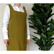 Load image into Gallery viewer, Saddle Brown Cuisine Apron