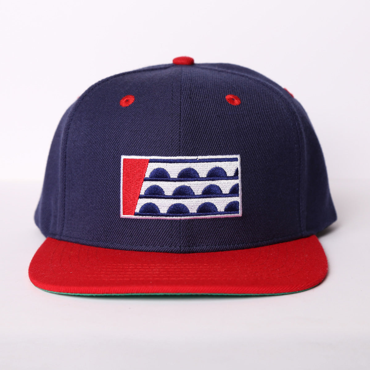 Des Moines Flag Red/Navy Snapback Hat