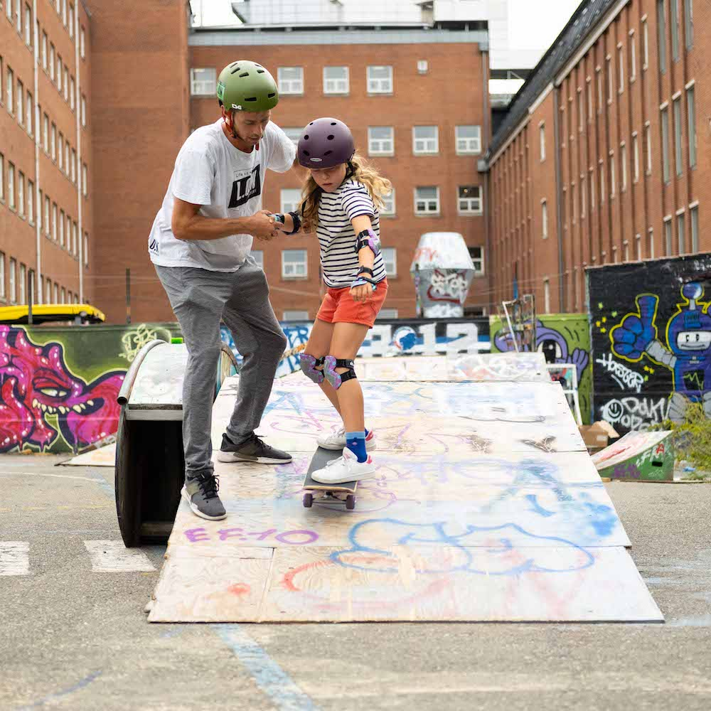 Privatundervisning i skateboard med L.O.W. Academy for 2 pers.