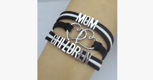 Mom Loves Her Children Bracelet