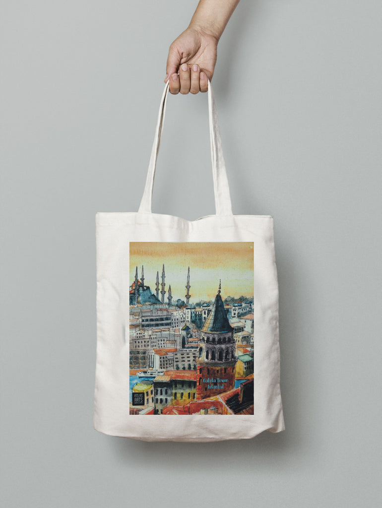 Tote bag decorated with Istanbul skyline