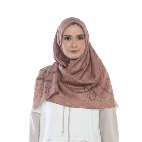 HIJAB DEENAY CHAIN BROWN SUGAR