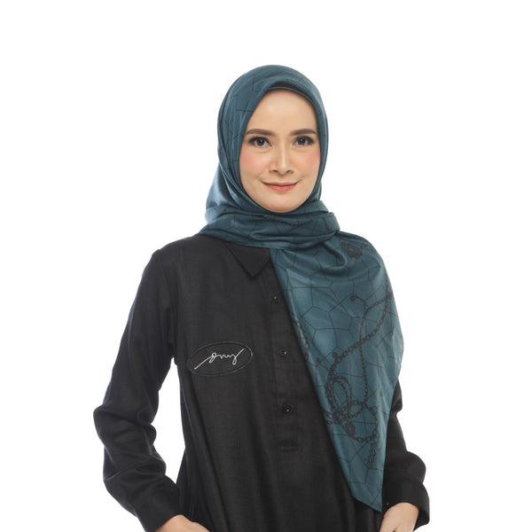 HIJAB DEENAY CHAIN PRUSSIAN BLUE