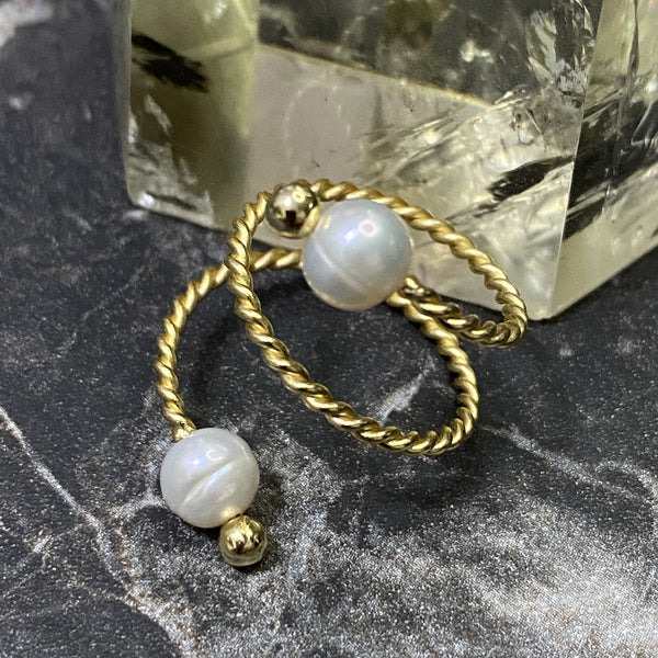 Freshwater Pearl, Gold Hardware