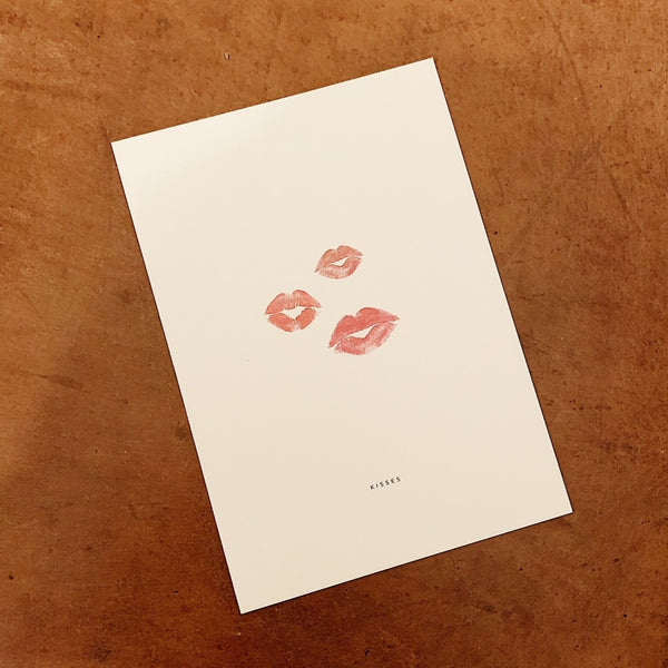 Monday Sunday Card Kisses Cards Beige