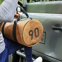Load image into Gallery viewer, DEFENDER 90 WEEKENDER LEATHER BAG