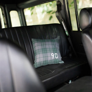 90 PILLOW LAND ROVER DEFENDER GREY BLACK