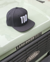 Load image into Gallery viewer, Defender 110 Snapback Cap
