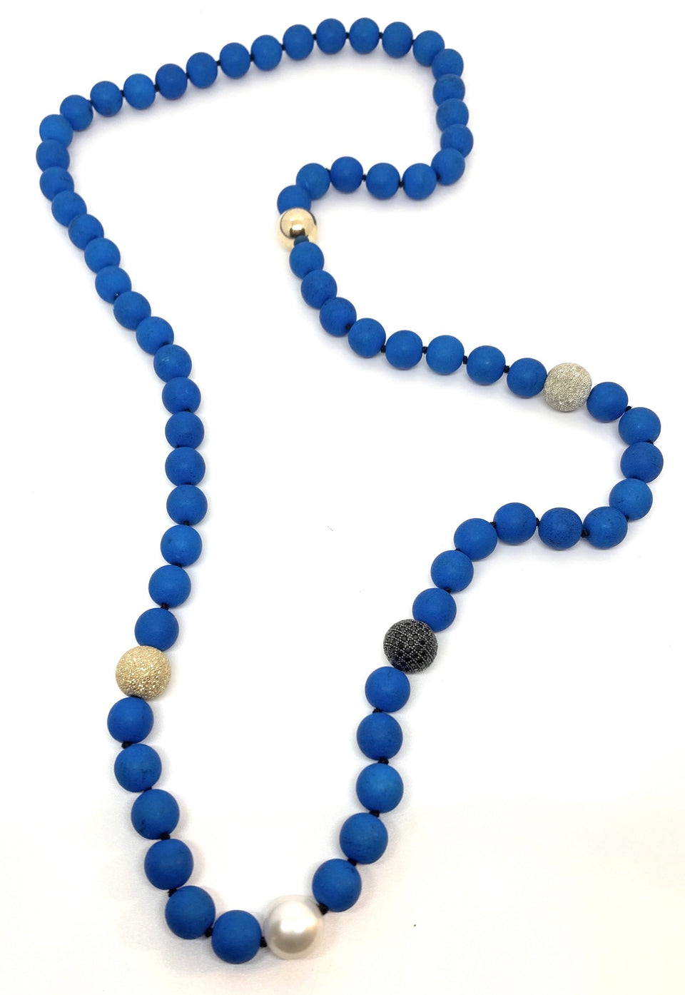 Azure Tribal Pearl Necklace