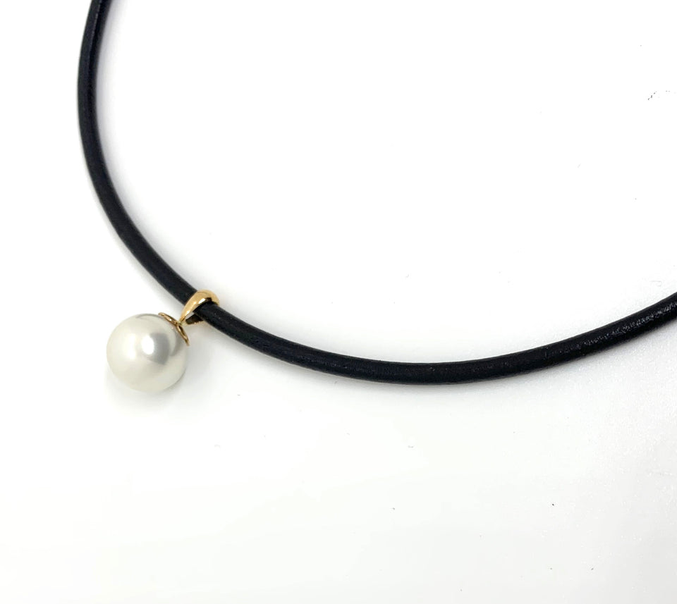 Tribal Leather & Pearl Drop Necklace