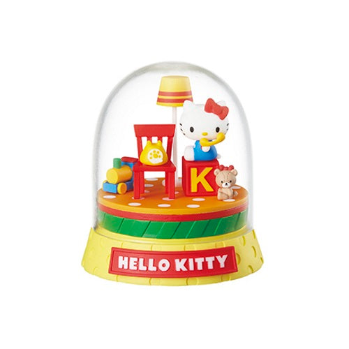 Sanrio Character Terrarium Rement 4-Inch Collectible Toy