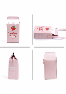 Yummy Strawberry Milk Purse🍓
