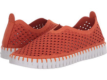 Load image into Gallery viewer, Ilse Jacobsen Tulip Perforated Slip-On Sneaker Camelia