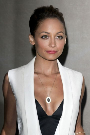 Nicole-Richie-In-Low-Cut-Top