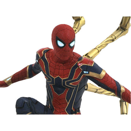 Avengers 3 Infinity War Iron Spider PVC Gallery Statue