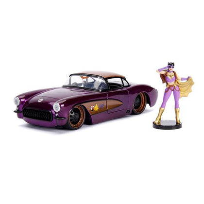 DC Bombshells Batgirl 1957 Chevy Corvette 1:24 Scale with Figure Hollywood Rides Diecast Vehicle
