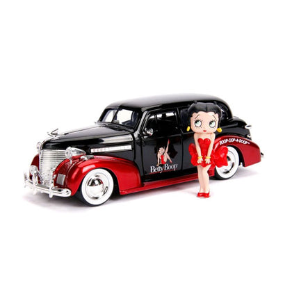Betty Boop 1939 Chevy Master Deluxe 1:24 Scale with Figure Hollywood Rides Diecast Vehicle