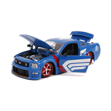 Captain America 2006 Ford Mustang GT 1:24 Scale with Figure Hollywood Rides Diecast Vehicle