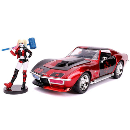 Batman Harley Quinn 69 Corvette 1:24 Scale with Figure Hollywood Rides Diecast Vehicle