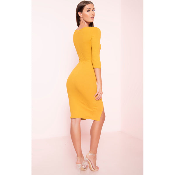 Ribbed 3/4 Sleeve Dress